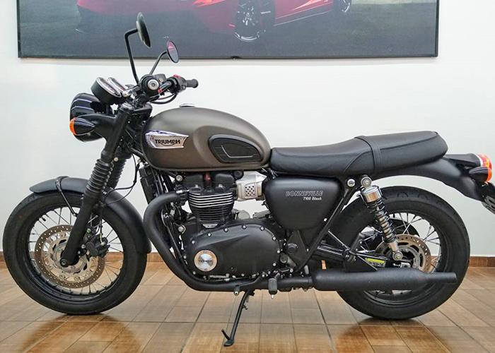 TRIUMPH BONNEVILLE T100 BLACK full